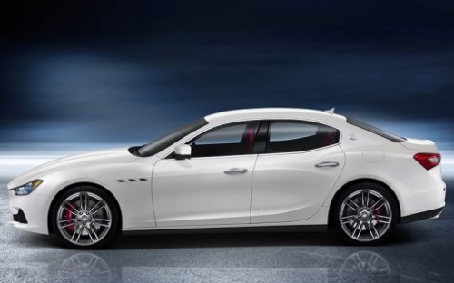 2013 Maserati Ghibli S; top car design rating and specifications