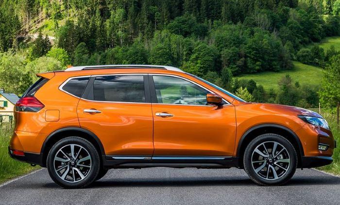 novyi-Nissan X-Trail 2019-foto (7)