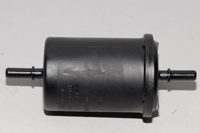 zamena-toplivnogo-filtra-renault-duster 2.0-5